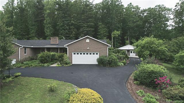 21 Oak Hollow Drive, Asheville, NC 28805 (#3394071) :: Odell Realty
