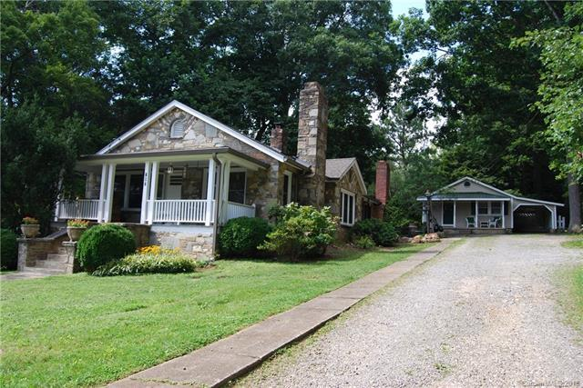 702 A, B, & C Ninth Street, Black Mountain, NC 28711 (#3404318) :: Exit Mountain Realty