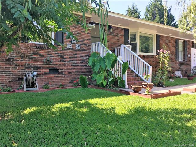 19627 Smith Circle, Cornelius, NC 28031 (#3415769) :: High Performance Real Estate Advisors
