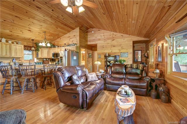 189 Lochmoor Lane 18B, Waynesville, NC 28751 (#3417177) :: Exit Mountain Realty
