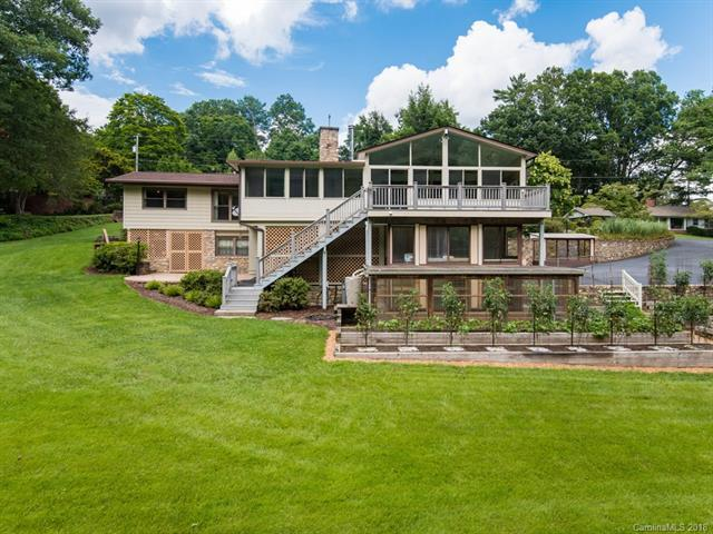1306 Valmont Drive, Hendersonville, NC 28791 (#3420696) :: Puffer Properties