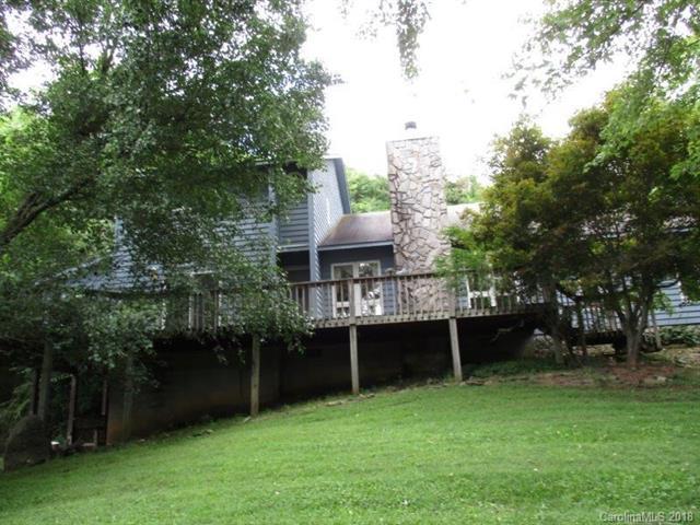 39 Cricket Lane, Waynesville, NC 28786 (#3420708) :: Rinehart Realty