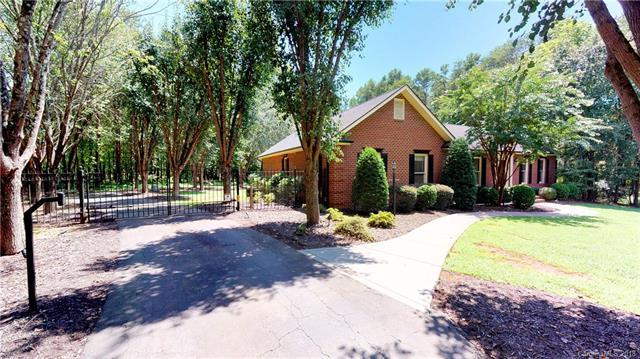 309 Templeton Road, Mooresville, NC 28117 (#3420792) :: The Ann Rudd Group