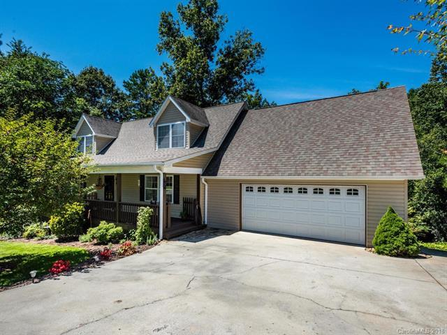 221 Scenic Ridge Drive, Hendersonville, NC 28792 (#3421156) :: LePage Johnson Realty Group, LLC