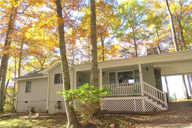 136/138 Lake Ridge Road, Brevard, NC 28712 (#3421714) :: Exit Mountain Realty