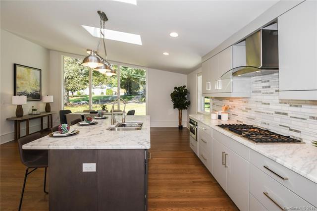411 Lansdowne Road, Charlotte, NC 28270 (#3425283) :: Robert Greene Real Estate, Inc.
