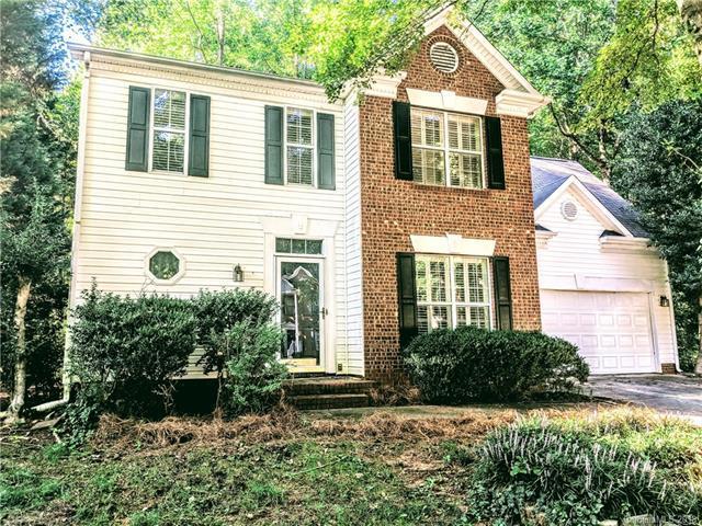 8506 Piccone Brook Lane, Charlotte, NC 28216 (#3428846) :: Charlotte Home Experts