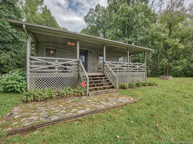 252 Rolling Acres Drive, Canton, NC 28716 (#3429130) :: LePage Johnson Realty Group, LLC