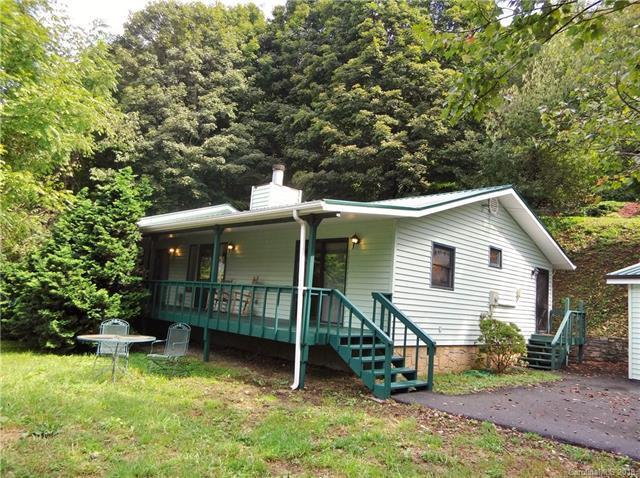 369 Rocky Top Road, Maggie Valley, NC 28751 (#3429674) :: Keller Williams Professionals