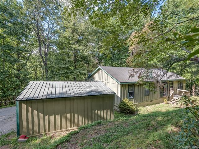 120 Moonshine Trace, Saluda, NC 28773 (#3430290) :: Exit Mountain Realty