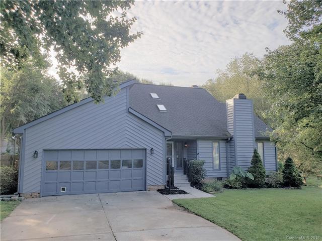 16520 Beech Hill Drive, Huntersville, NC 28078 (#3432262) :: High Performance Real Estate Advisors
