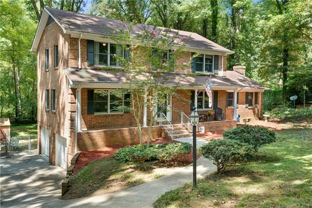 7411 Timber Ridge Drive, Mint Hill, NC 28227 (#3432738) :: Exit Mountain Realty