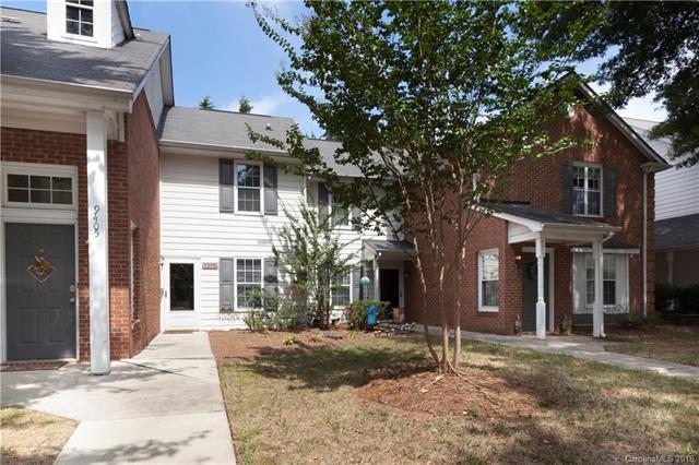 9407 S Vicksburg Park Court, Charlotte, NC 28210 (#3433546) :: RE/MAX Four Seasons Realty