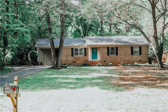 6317 Grove Park Boulevard 23 & 24, Charlotte, NC 28215 (#3433996) :: Charlotte Home Experts