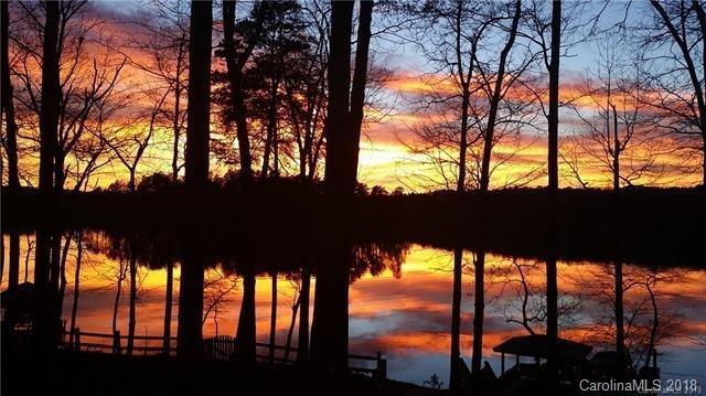 2125 Mt Isle Harbor Drive, Charlotte, NC 28214 (#3434052) :: LePage Johnson Realty Group, LLC