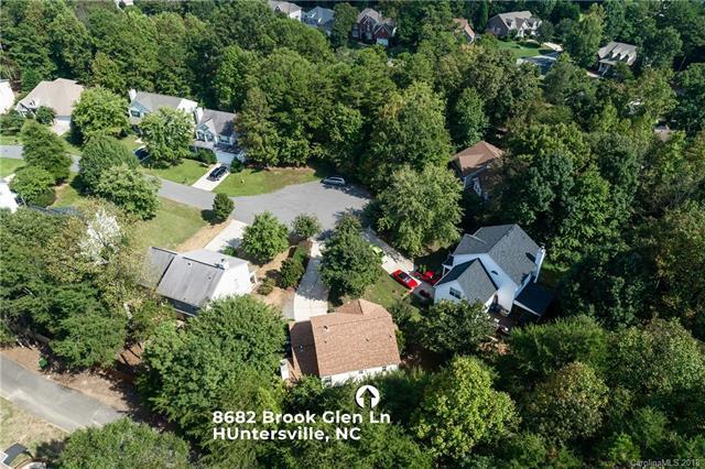 8682 Brook Glen Lane #29, Huntersville, NC 28078 (#3437195) :: The Ramsey Group