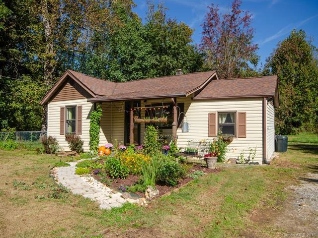 93 Blake Drive, Arden, NC 28704 (#3437289) :: Exit Mountain Realty