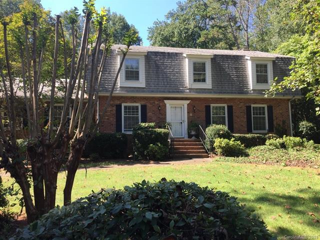 7407 Oakwood Lane, Charlotte, NC 28215 (#3437747) :: Odell Realty