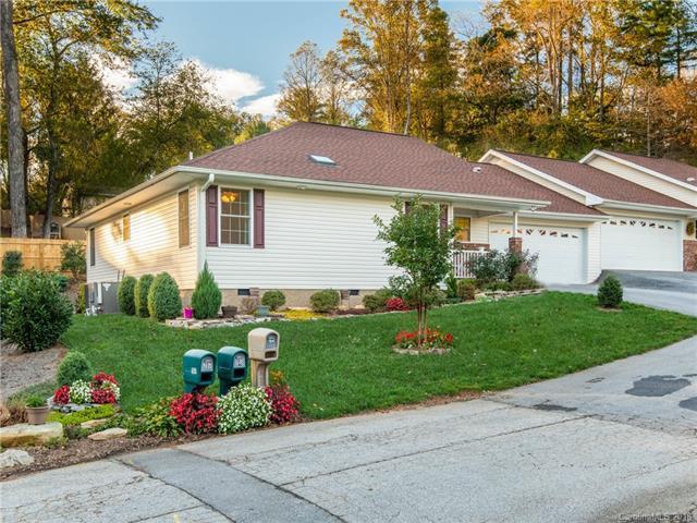194 Allen Paul Drive, Hendersonville, NC 28791 (#3441490) :: High Performance Real Estate Advisors