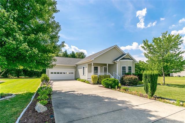 129 Beechnut Drive #6, Hendersonville, NC 28739 (#3443054) :: Keller Williams Professionals