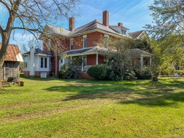 5593 Old Clyde Road, Canton, NC 28716 (#3443895) :: IDEAL Realty