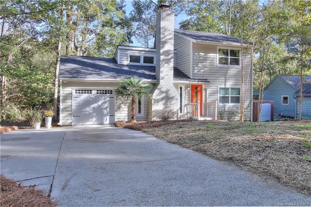 8020 Park Vista Circle, Charlotte, NC 28226 (#3445494) :: Keller Williams South Park