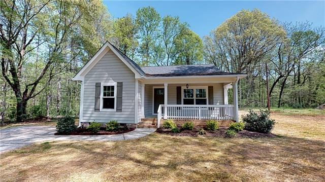 2424 Rebecca Avenue, Charlotte, NC 28208 (#3447635) :: Homes Charlotte