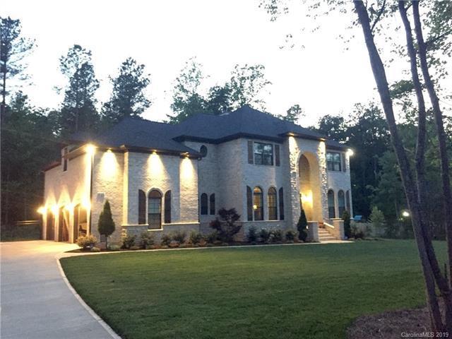4142 River Oaks Road, Lake Wylie, SC 29710 (#3449924) :: Homes Charlotte