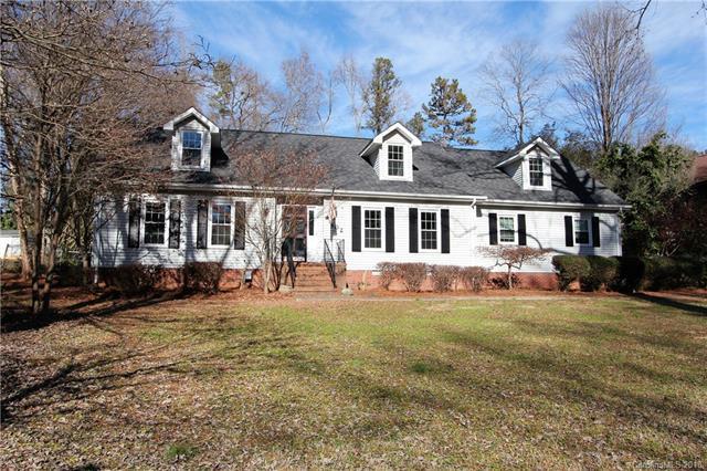 502 Camelot Drive, Salisbury, NC 28144 (#3457591) :: Besecker Homes Team