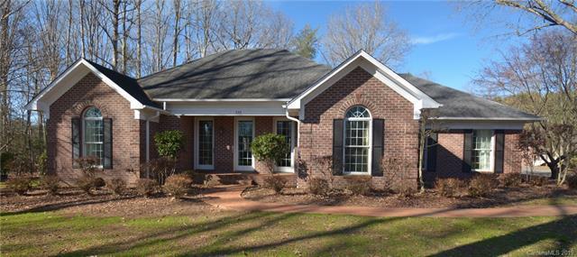 725 Maplewood Lane, Statesville, NC 28625 (#3458114) :: Homes Charlotte