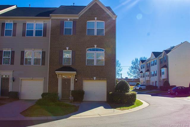 7719 Jackson Pond Drive, Charlotte, NC 28273 (#3458470) :: Carlyle Properties