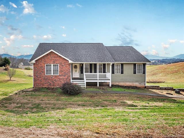 62 Lawson Ridge Road, Leicester, NC 28748 (#3461553) :: Puffer Properties