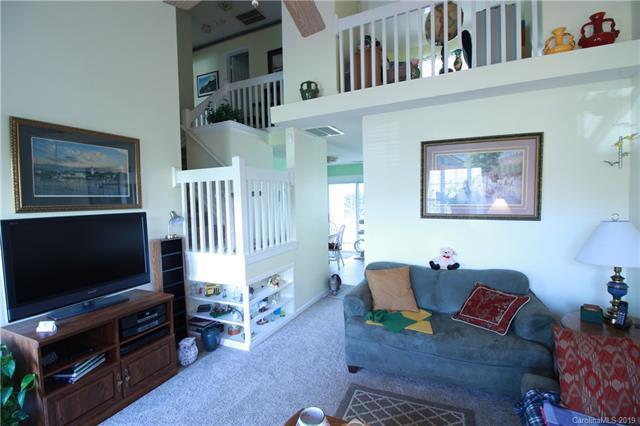 6079 Cougar Lane, Charlotte, NC 28269 (#3462474) :: MartinGroup Properties