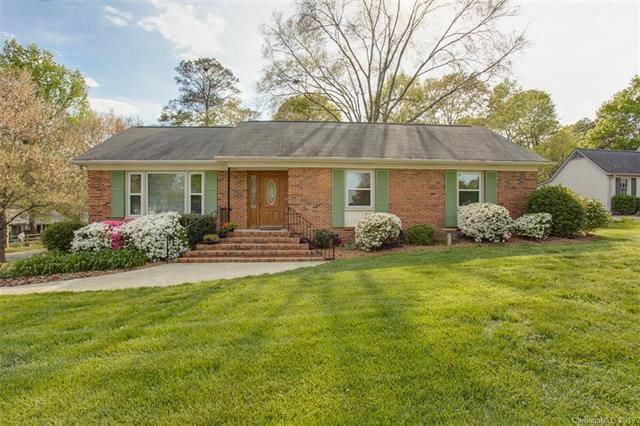6606 Old Reid Road, Charlotte, NC 28210 (#3463816) :: MECA Realty, LLC