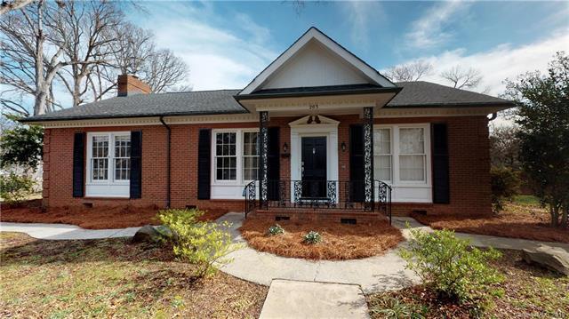 203. S College Street S, Monroe, NC 28112 (#3473216) :: Homes Charlotte