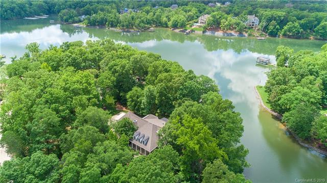 5265 Mallard Point Drive, Lake Wylie, SC 29710 (#3476095) :: Miller Realty Group