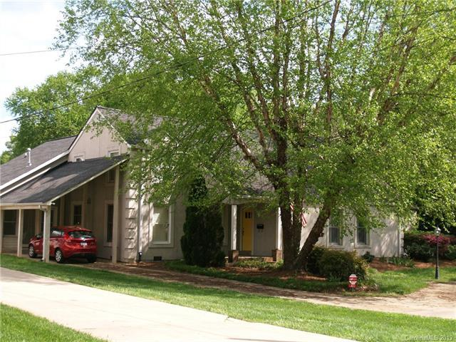 322 Mitchell Avenue, Statesville, NC 28677 (#3482676) :: Miller Realty Group