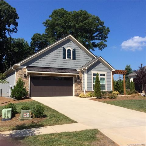 8015 Parknoll Drive, Huntersville, NC 28078 (#3490275) :: LePage Johnson Realty Group, LLC