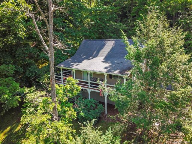 625 Countryside Drive, Waynesville, NC 28785 (#3493904) :: Keller Williams Professionals