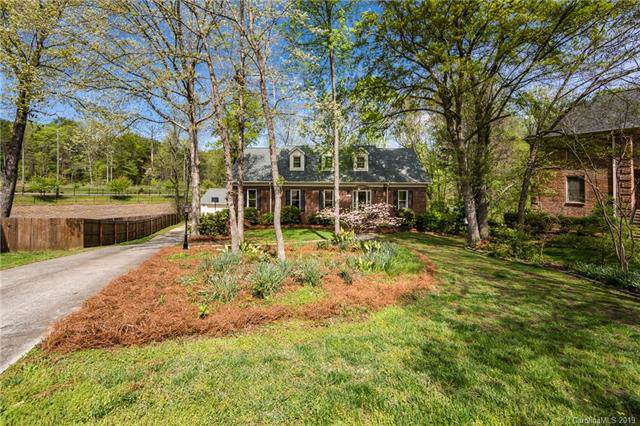 4400 Pebble Pond Drive, Charlotte, NC 28226 (#3495514) :: Besecker Homes Team