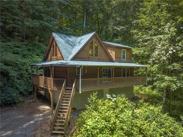 513 Apple Creek Road, Waynesville, NC 28786 (#3497839) :: High Performance Real Estate Advisors