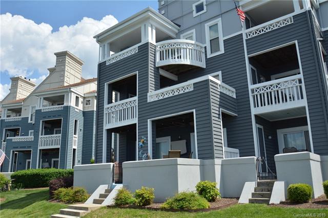 18759 Vineyard Point Lane, Cornelius, NC 28031 (#3499855) :: High Performance Real Estate Advisors