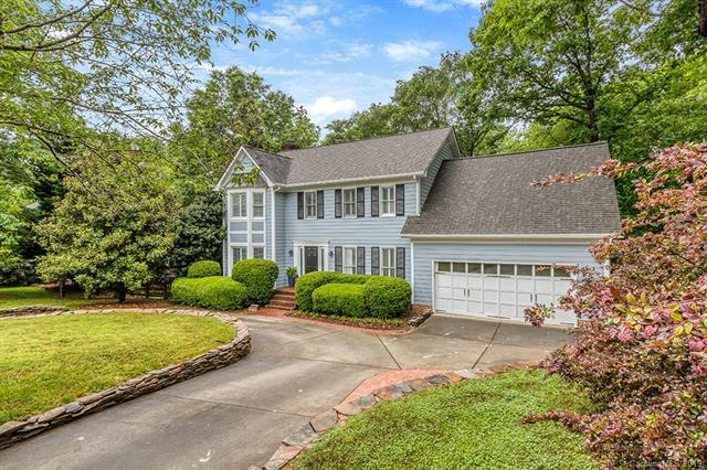 7324 Lee Rea Road, Charlotte, NC 28226 (#3505064) :: Homes Charlotte