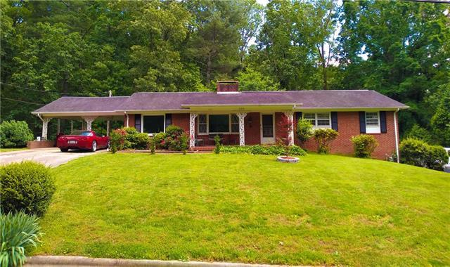 208 Eastwood Park Drive SE, Lenoir, NC 28645 (#3506420) :: LePage Johnson Realty Group, LLC