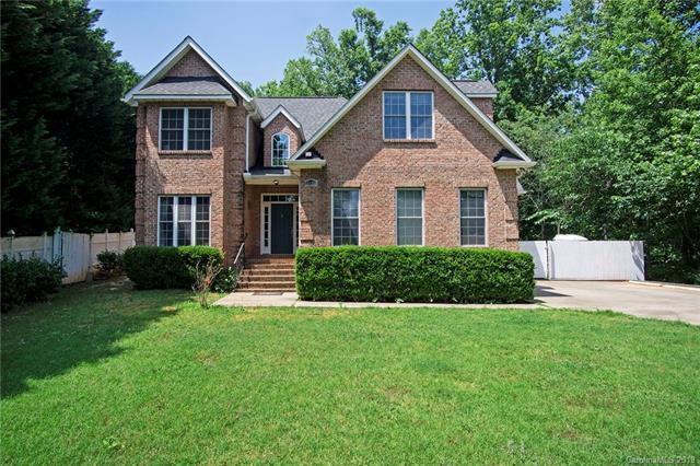 5103 Plantation Ridge Road, Charlotte, NC 28214 (#3510765) :: Keller Williams South Park