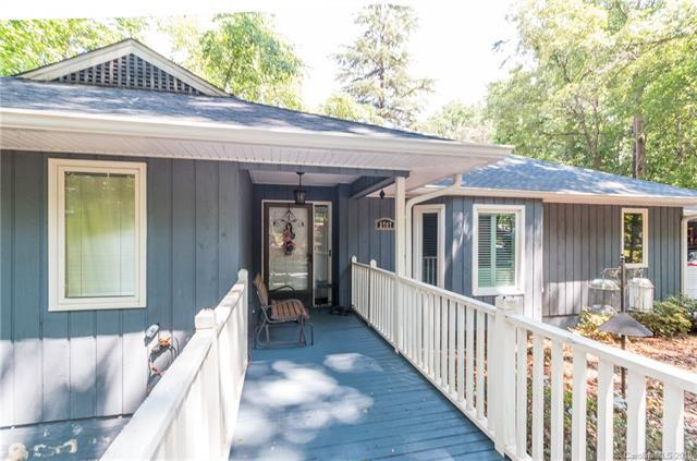 2707 Wimbledon Drive, Gastonia, NC 28056 (#3511874) :: LePage Johnson Realty Group, LLC