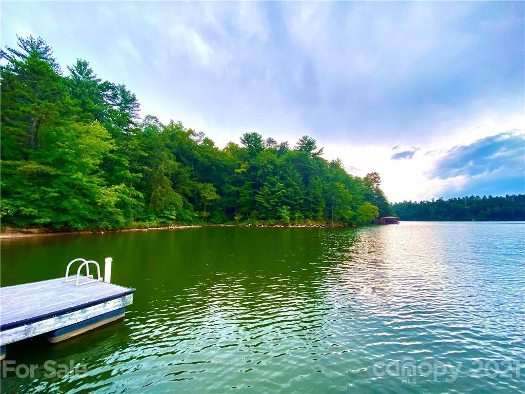 204 Lake Front Drive, Connelly Springs, NC 28612 (#3515724) :: Cloninger Properties