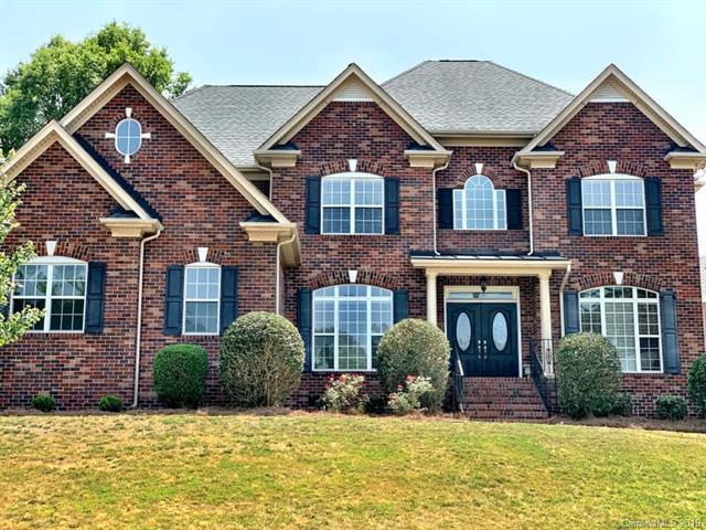2900 Divot Court, Matthews, NC 28104 (#3515950) :: High Performance Real Estate Advisors