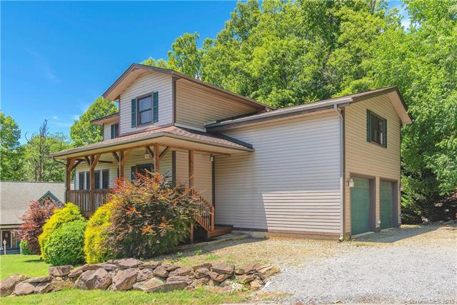 129 Valley Creek Drive, Maggie Valley, NC 28751 (#3518995) :: Francis Real Estate