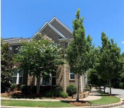 8200 Viewpoint Lane #2905, Cornelius, NC 28031 (#3521484) :: Odell Realty